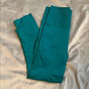Green Lululemon 7/8 Pants